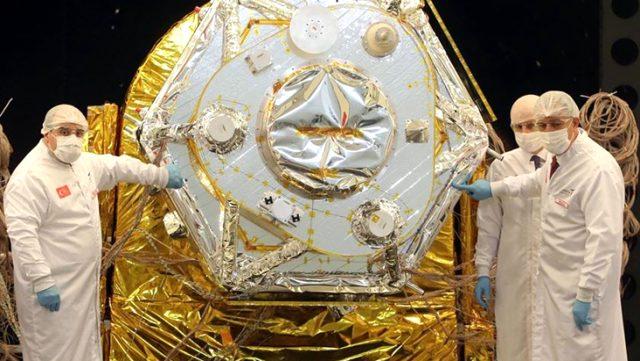 Bu gurur hepimizin ! Türkiye'nin ilk yerli ve milli yer gözlem uydusu gelecek yıl uzaya fırlatılacak